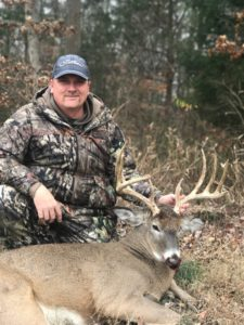 Ike with trophy whitetail from Woodard Whitetails of Kentucky